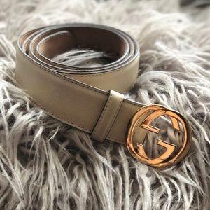 Gucci belt- ivory color size 38